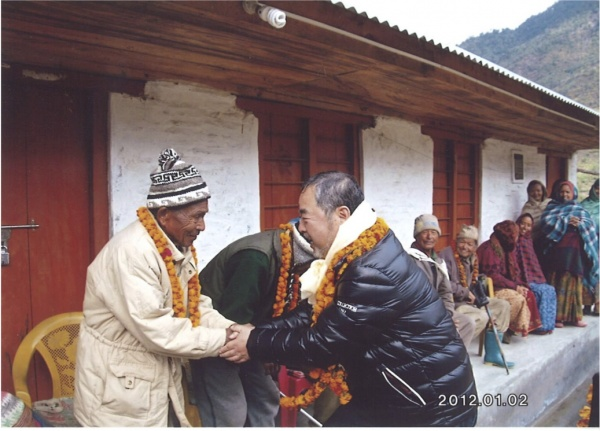ネパールで41年ぶりの再会